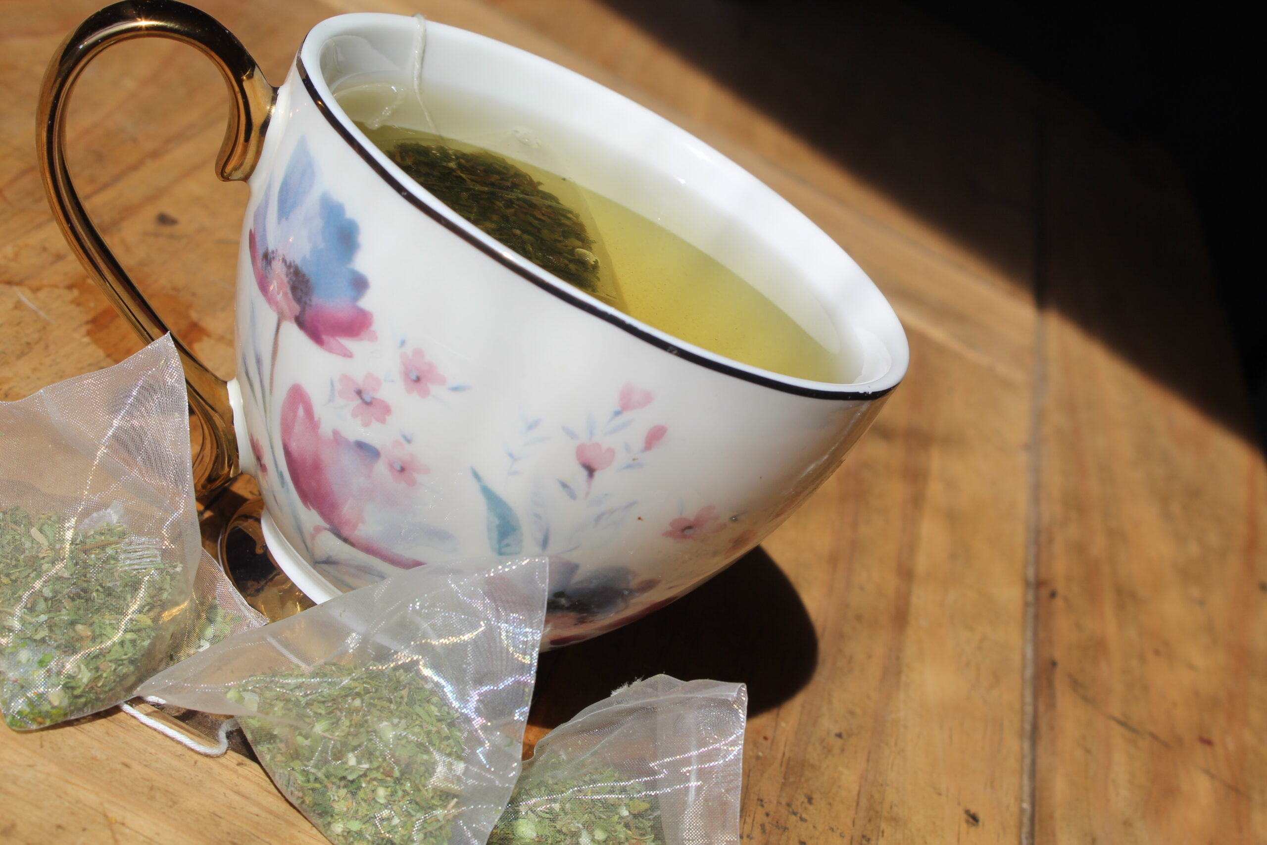 Bellas Grace CBD Tea